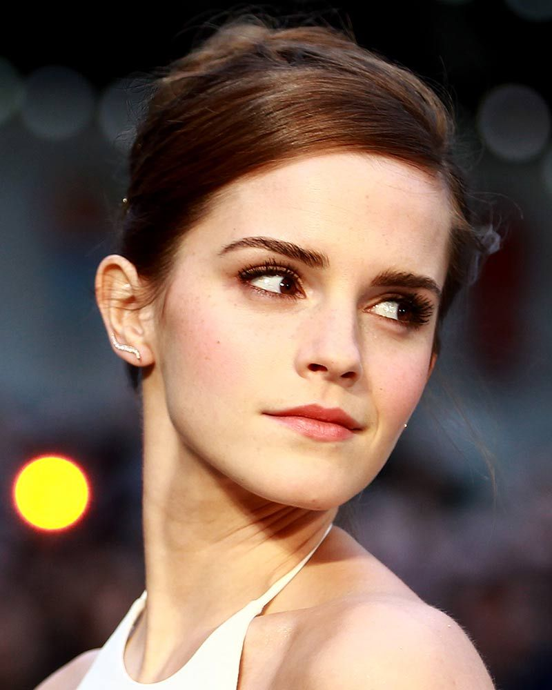 Emma watson shaved eyebrows model