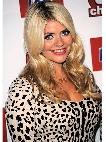 16 Things You Didnt Know About Holly Willoughby-5418