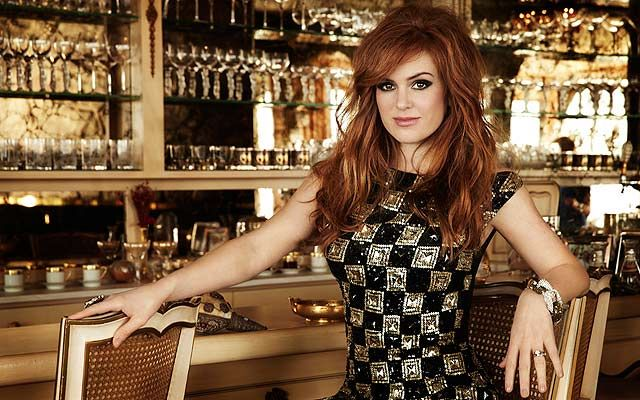 isla fisher gif hunt
