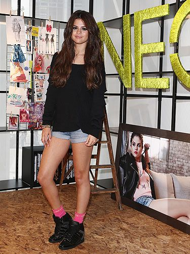Selena Gomez Announces New Collection for Adidas NEO | Teen