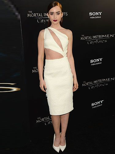 Hollywood S Stars Were Out In Force For The Premiere Of First Mortal Instruments Film City Bones Dubbed New Twilight Last Night