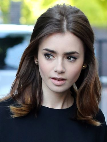 Lily Collins Stunning Retro Hair And