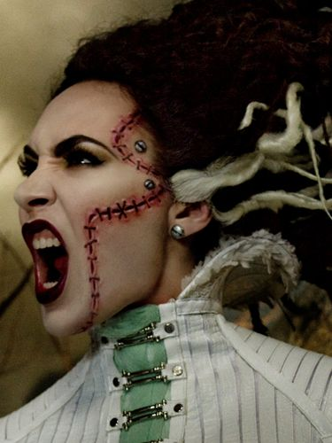 Halloween Looks Scary.Mac Launches Halloween Makeup Scary Special Effects