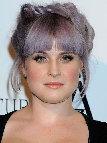 Hair news kelly osbourne does the hair twist kelly osbournes hair is fast becoming more famous than she is and its got nothing to do with her powerful purple hue the singer turned presenter has urmus Choice Image
