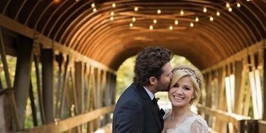See Kelly Clarkson S Gorgeous Wedding Dress Kelly Clarkson Marries In Tennessee