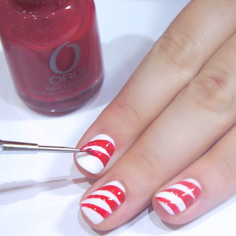 How To Do Christmas Candy Cane Nail Art Step By Step Pictures