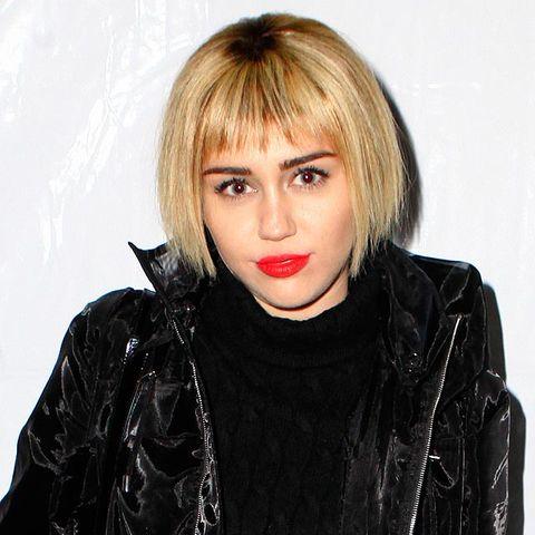 Miley Cyrus New Bob Haircut Grows Out Crop Hair Into Bob And Fringe