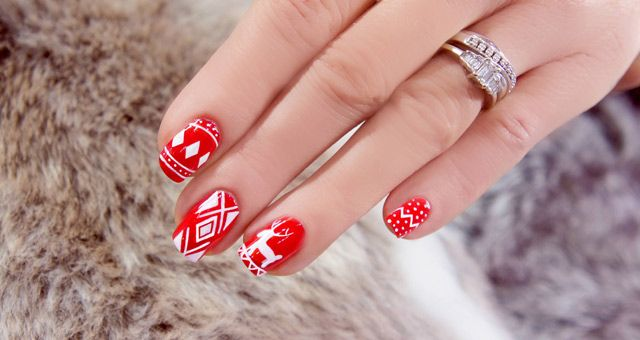 How to do christmas jumper noridic nail art step by step pictures prinsesfo Gallery