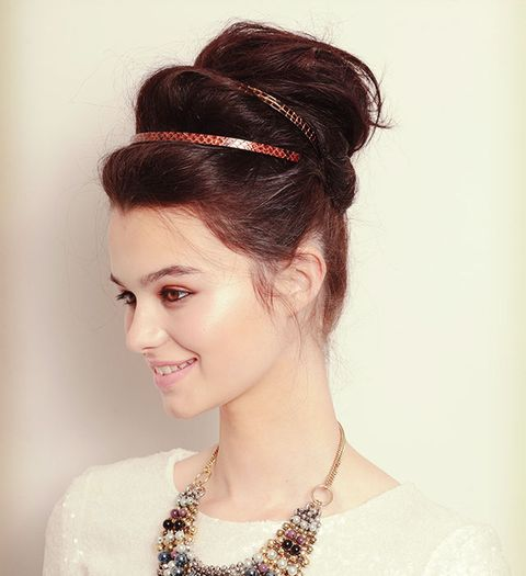 Three Steps To This Party Hairstyle A Double Volume Topknot