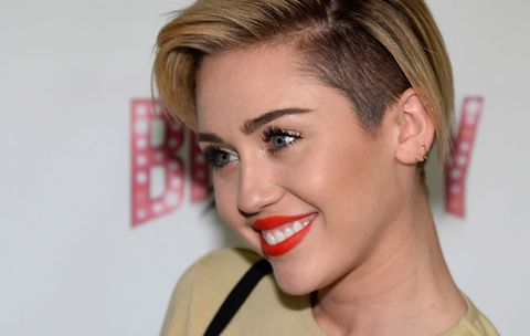 Miley Cyrus Shows Off Growing Out Short Hair And An Amazing Britney Spears Rucksack
