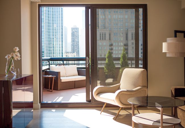 Chicago Hotels With Balcony Rooms Image And Attic