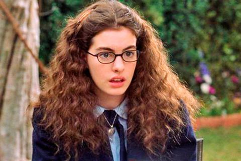 21 home truths that only girls with curly hair will understand