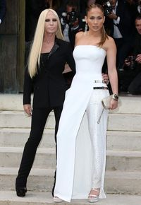 """<p>J.Lo and designer Donatella Versace looked stylish posing together in monochrome ensembles before the catwalk show.</p><p><a href=""""http://www.cosmopolitan.co.uk/fashion/news/fearne-cotton-wedding-dress-photos"""" target=""""_blank"""">FEARNE COTTON'S AMAZING WEDDING DRESS</a></p><p><a href=""""Wimbledon%202014:%20the%20best%20celebrity%20fashion"""" target=""""_blank"""">WIMBLEDON 2014: THE BEST CELEB FASHION</a></p><p><a href=""""http://www.cosmopolitan.co.uk/fashion/celebrity/david-victoria-beckham-style"""" target=""""_blank"""">STYLE FILE: 15 YEARS OF THE BECKHAMS</a></p>"""