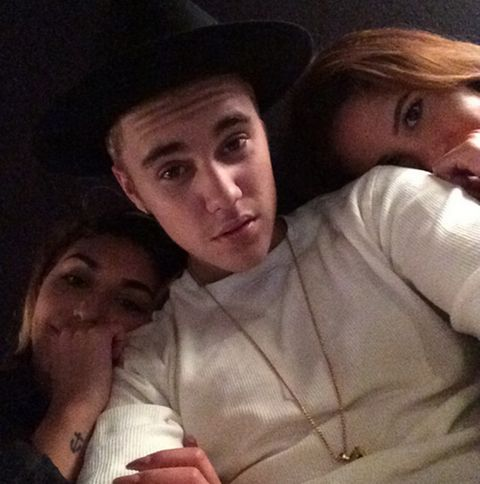 Selena Gomez is sad, Justin Bieber is naked  The pair's