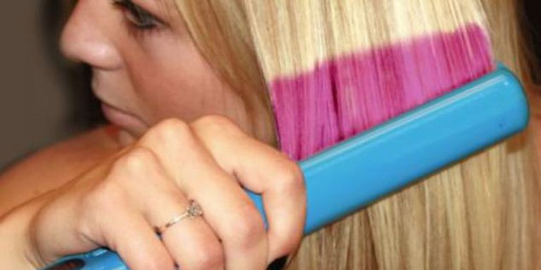 The new technology flatiron device which changes your hair colour