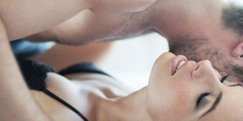 Lip, Cheek, Skin, Eyebrow, Joint, Eyelash, Jaw, Organ, Beauty, Muscle,