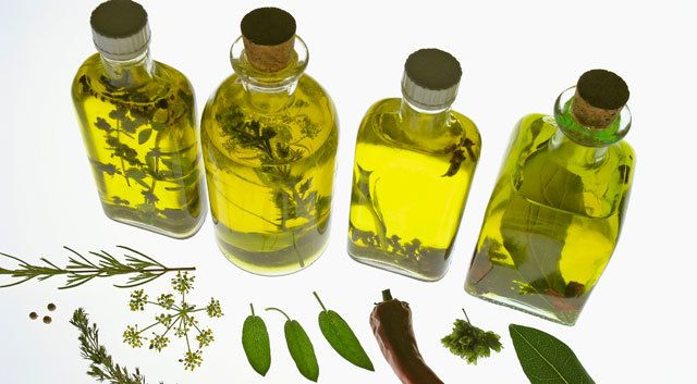 Thyme oil said to be better for period pain than ibuprofen