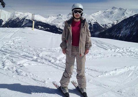 Eyewear, Winter, Mountainous landforms, Goggles, Freezing, Glacial landform, Snow, Mountain, Mountain range, Slope,