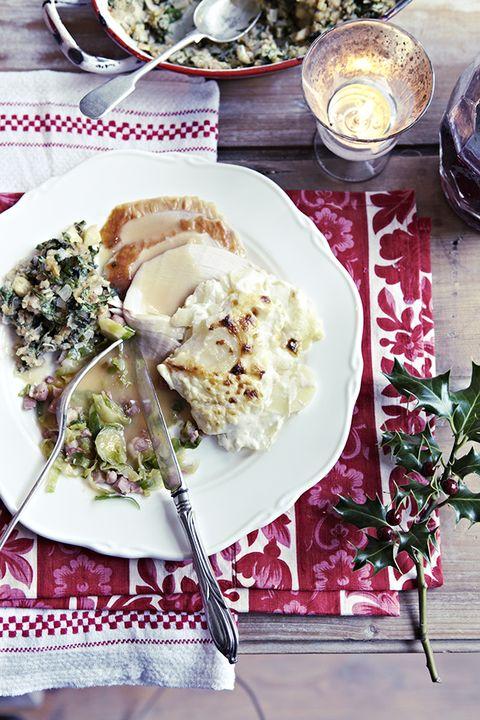 Dishware, Food, Serveware, Cuisine, Ingredient, Tableware, Meal, Dish, Plate, Breakfast,