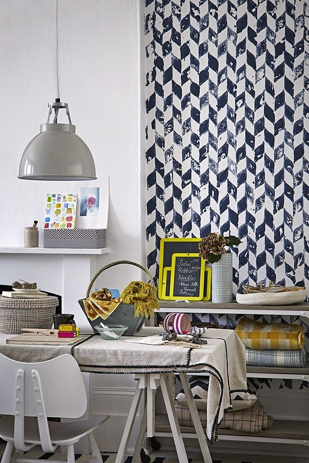 From Gentle Graduating Effects To Bold Potato Prints, The Latest Paint  Effects Techniques Look Both Subtle And Stylish. Find Out How To Create  These ...
