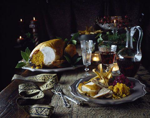 Serveware, Food, Tableware, Dishware, Cuisine, Table, Drinkware, Meal, Dish, Barware,