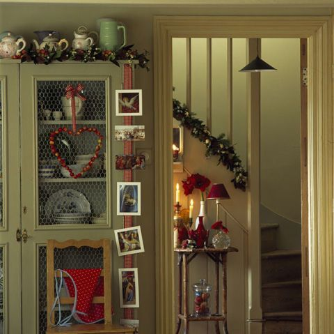 Room, Interior design, Shelving, Interior design, Iron, Ornament, Collection, Shelf, Craft, Christmas,