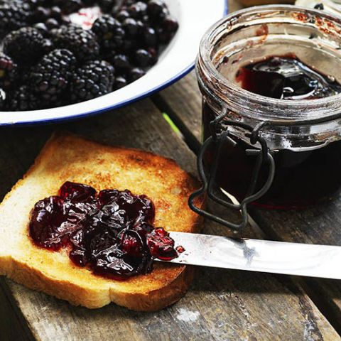 Hedgerow jelly