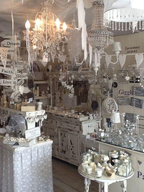 Interior design, Serveware, Light fixture, Ceiling fixture, Tablecloth, Interior design, Chandelier, Lighting accessory, Dishware, Collection,