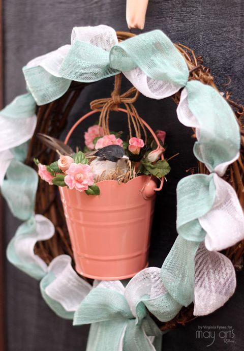 Flowerpot, Peach, Houseplant, Creative arts, Natural material, Pottery, Succulent plant,