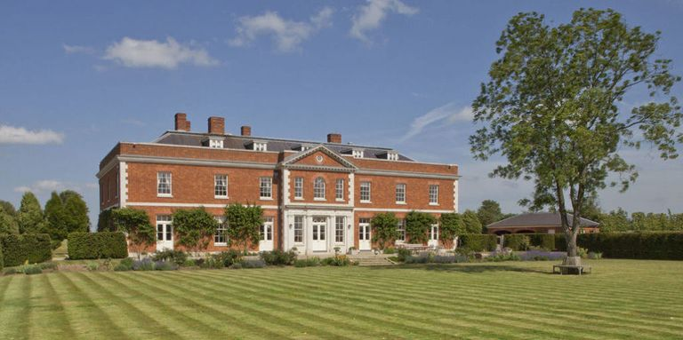 5 dream country manor houses that will make you feel like Lord and Lady