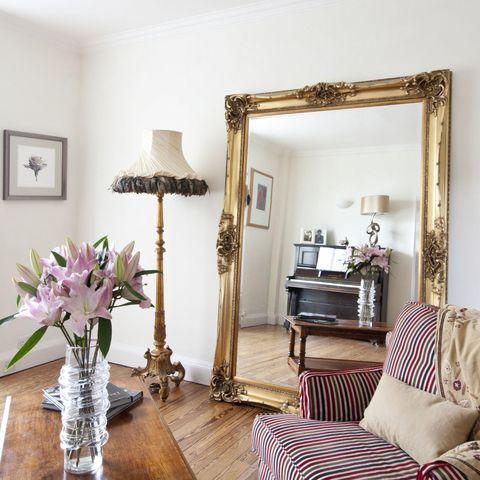 6 clever ways to use mirrors to make your home feel bigger ...