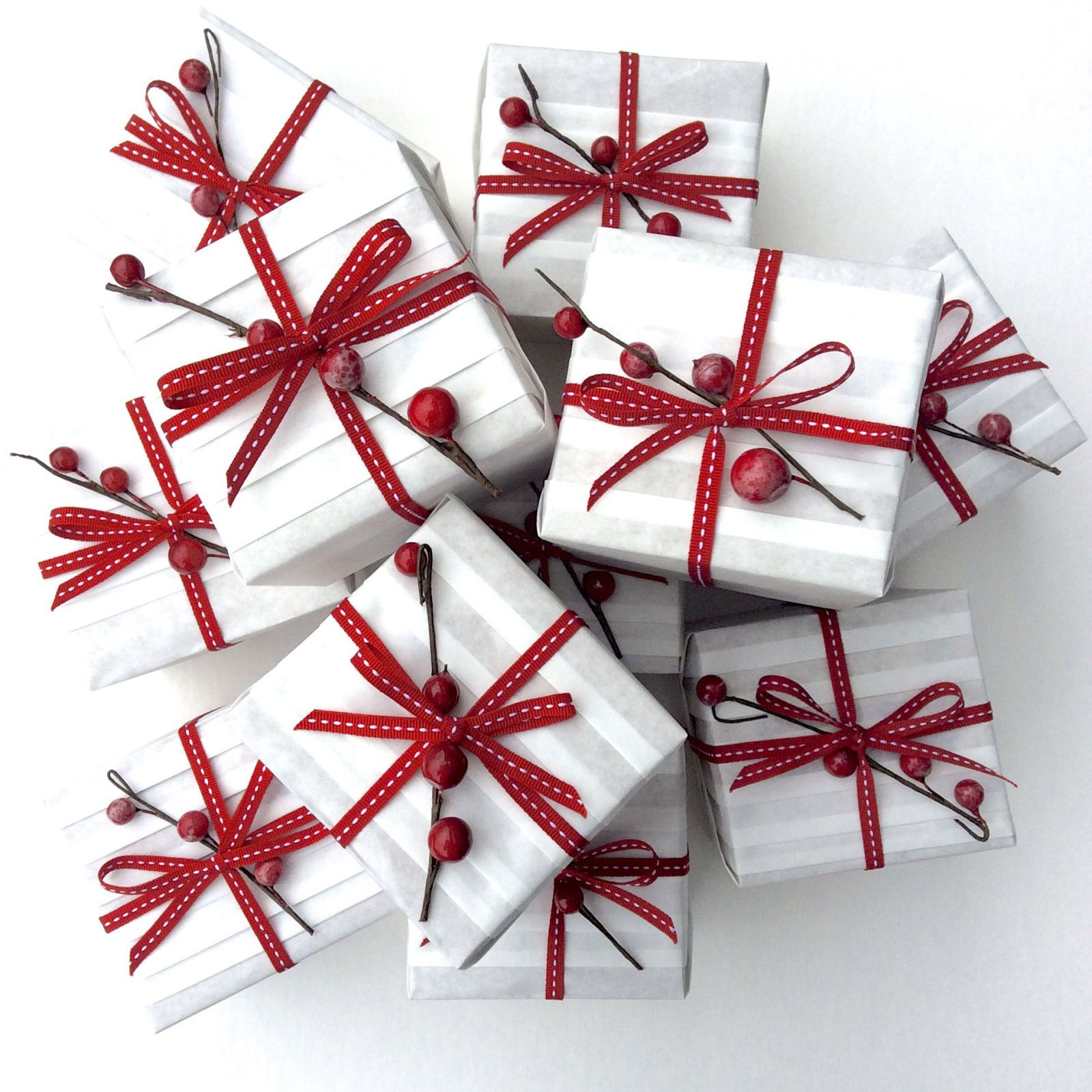 Country christmas gift wrapping ideas