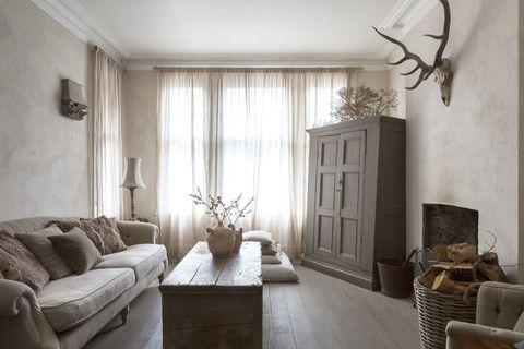 cottage living room sofa