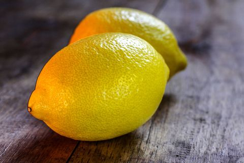 How to detect breast cancer, using lemons