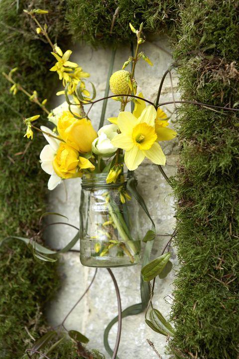 Spring flowers flower arranging