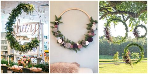 Wreath, Petal, Natural material, Christmas decoration, Creative arts, Floral design, Flower Arranging, Garden, Peach, Cut flowers,