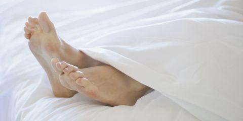 feet bed
