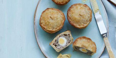 quails egg pie