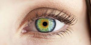 Green eyes - up close