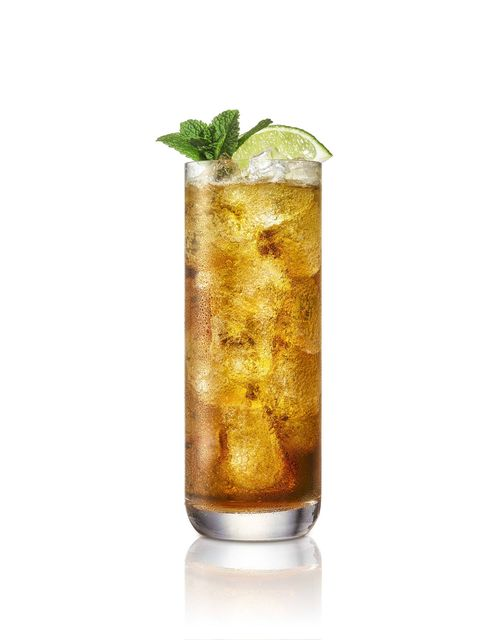 Drink, Cuba libre, Long island iced tea, Highball glass, Alcoholic beverage, Mint julep, Iced tea, Liqueur, Cocktail garnish, Food,