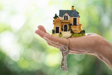 cottage sell keys