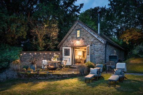 Wishbone - Malvern Hills - exterior - Unique Home Stays