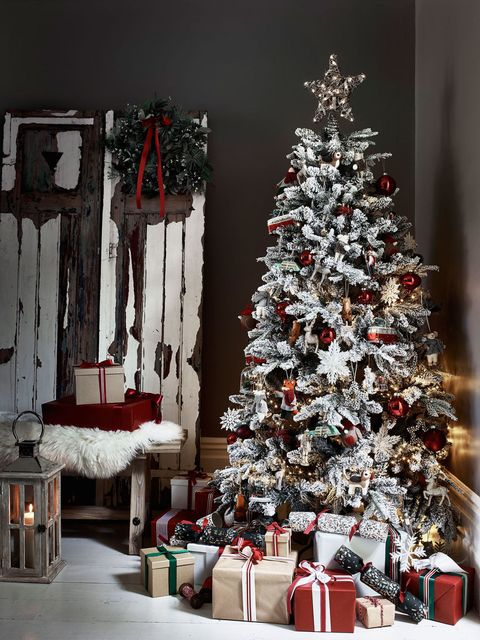 red white christmas tree house of fraser - 2017 Christmas Trends Decor