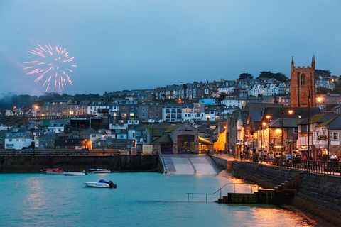 "<p>          </p><p>For cool coastal walks and free firework displays, all within an idyllic Cornish setting, head to St Ives, where on New Year's Eve the usually serene streets come alive <br> with revellers. At 6pm the roads close and crowds are encouraged to take to the town – where you can dive in and out of its many pubs and bars. There will also be a selection of parties taking place around the harbour until midnight beckons and the crowds head to the beachfront to watch the fireworks, which are reflected in the beautiful Celtic Sea. </p>  <p><span>More info here: <a href=""http://www.stivesindecember.co.uk/"" target=""_blank"" data-tracking-id=""recirc-text-link"">stivesindecember.co.uk </a></span><a href=""http://www.stivesindecember.co.uk/""></a></p>"