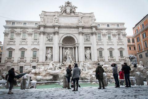 Trevi Fountain snow Italy