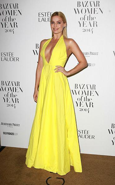 <ul><li>瑪格羅比Margot Robbie穿著這條黃色禮服讓人看得目不轉睛,禮服的剪裁超美的好嗎!</li></ul>