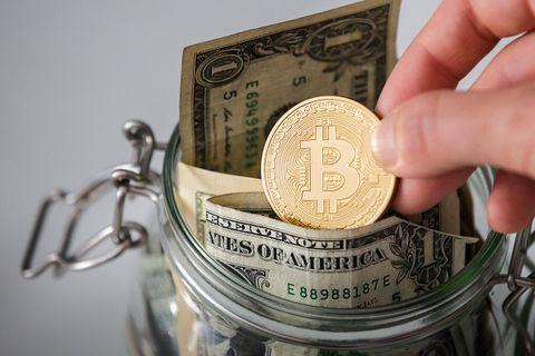 Finger, Metal, Money, Currency, Money handling, Cash, Thumb, Emblem, Silver, Nail,
