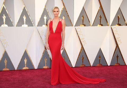 Dress, Shoulder, Flooring, Red, Style, Formal wear, Carpet, One-piece garment, Pattern, Fashion,