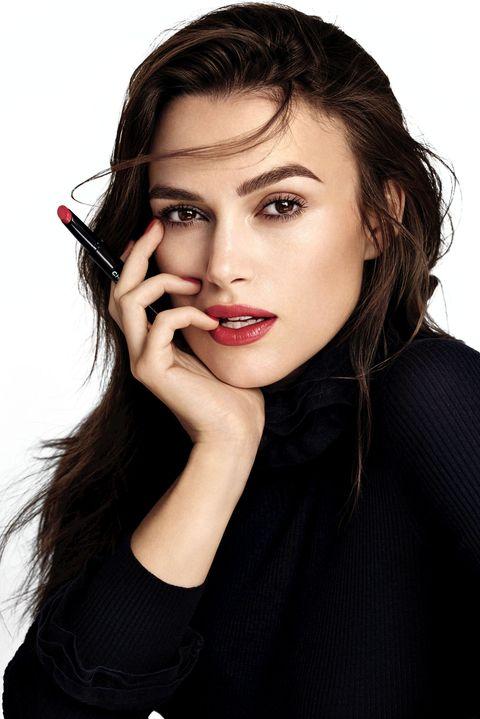 Lip, Mouth, Hairstyle, Eyebrow, Eyelash, Style, Fashion, Beauty, Black hair, Eye shadow,