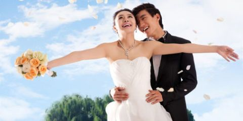 Clothing, Sky, Dress, Trousers, Cloud, Bridal clothing, Photograph, Happy, Gown, Formal wear,
